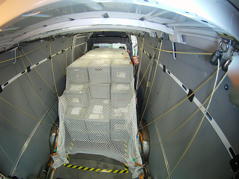 cargoforum nachrichten gefahrgut ladungssicherung ladungssicherung per knopfdruck. Black Bedroom Furniture Sets. Home Design Ideas
